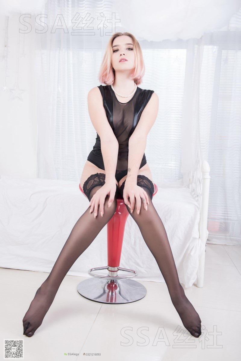 [SSA丝社] NO.082 Valeria乌克兰小姐姐的长筒黑丝[99P/85.3M]